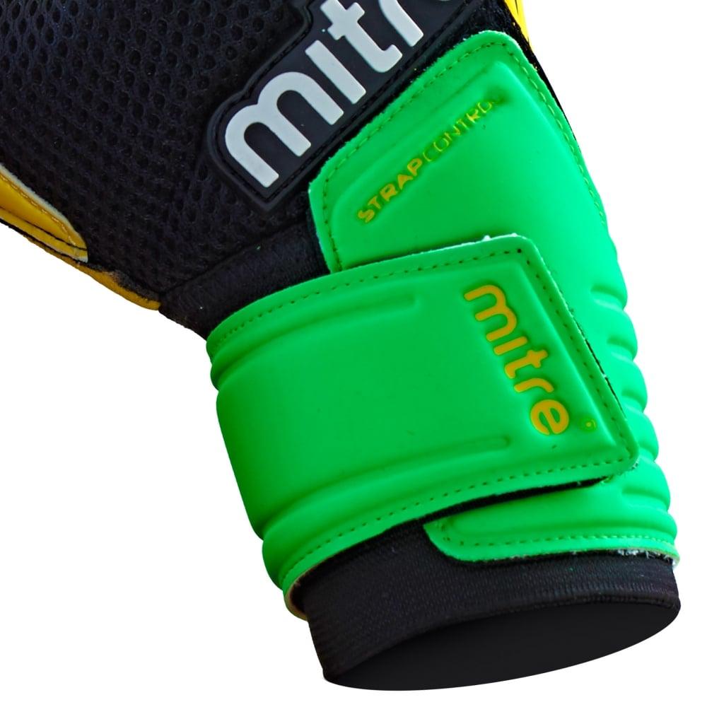 Mitre Delta BRZ Goalkeeper Gloves